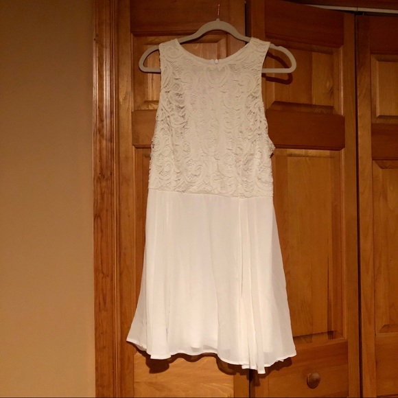 New Look Dresses & Skirts - White Lace dress